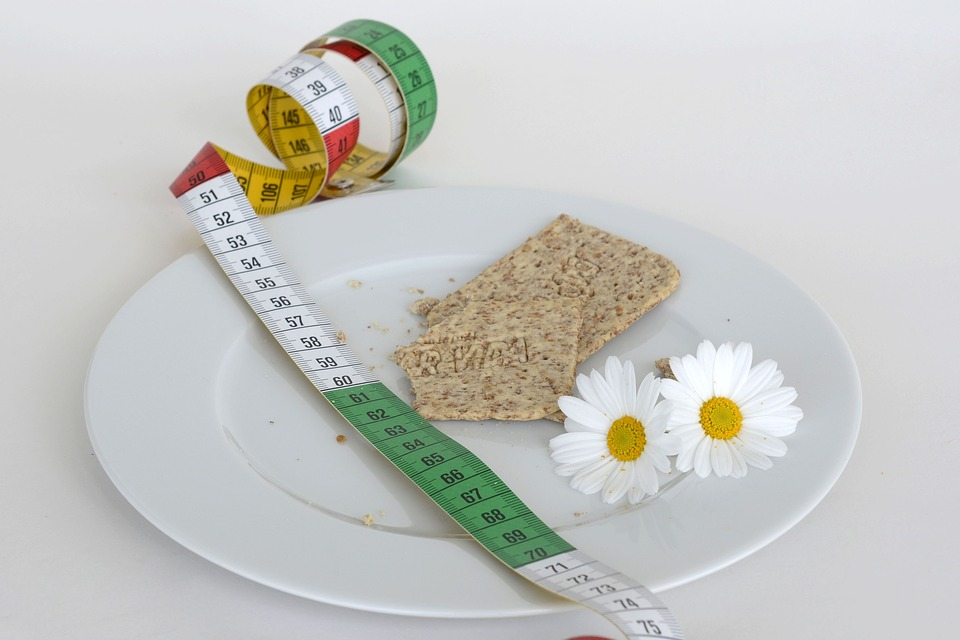 Can you lose weight eating only oatmeal image 1